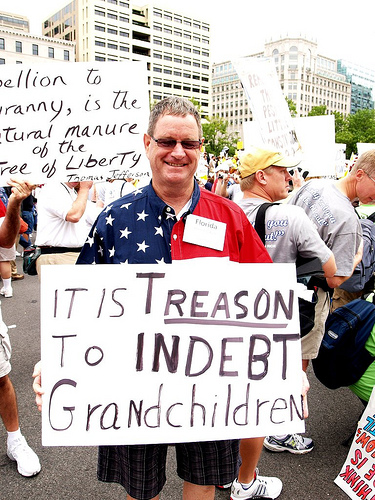 anti-tax-protester-treason-sign-091209