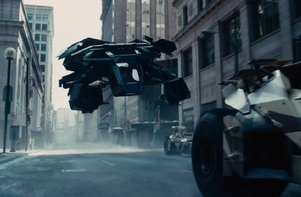 batmobile-flying-610x400